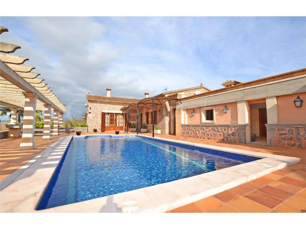 Casa unifamiliar situado en Algaida